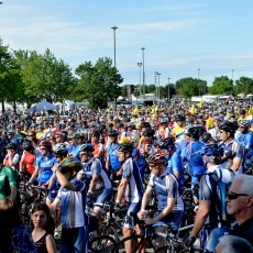 A sea of cyclists waits in anticipation to begin the cross-country trek in the 2014 Enbridge Ride to Conquer Cancer.