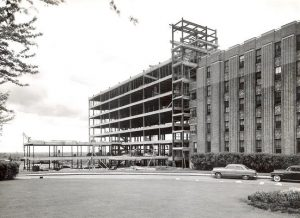 The Jewish General Hospital's western extension, now known as Pavilion C, under construction in 1953.