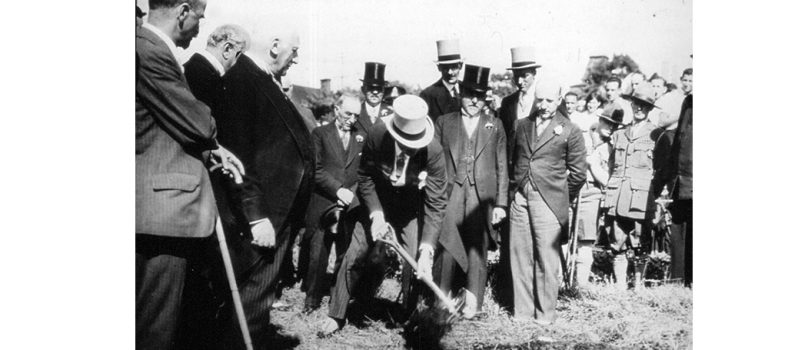 On August 3, 1931, Canada's Governor General, Lord Bessborough (centre, with shovel), turned the first sod to start construction of the JGH. Joining him at the ceremony were (from left) Hirsch Wolofsky (with cane), Editor of the Jewish Daily Eagle; A.M. Vineberg, Chairman of the Building Program; Michael Hirsch, Co-Chairman of the 1929 Building Campaign; Joseph Levinson Sr., Treasurer; Rabbi Herman Abramowitz of Congregation Shaar Hashomayim; and Allan Bronfman, Co-Chairman of the 1929 Building Campaign.