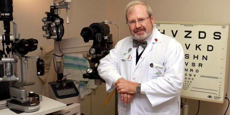 Marc Renaud, technicien en ophtalmologie à l'HGJ et chargé de projet au Centre d'information sur le glaucome McGill.