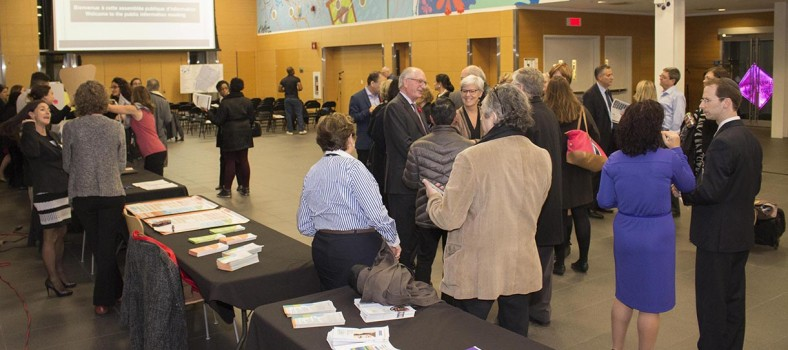 Before the inaugural Public Information Meeting of CIUSSS West-Central Montreal, members of the public mingle with healthcare managers and staff in Pavilion K's Lea Polansky Carrefour.