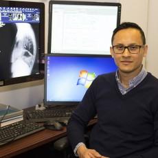 Le Dr Huy Le, chef du Service d'imagerie médicale