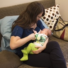 Ioana-Gabriela Iulius with her baby at the Herzl-Goldfarb Breastfeeding Clinic.
