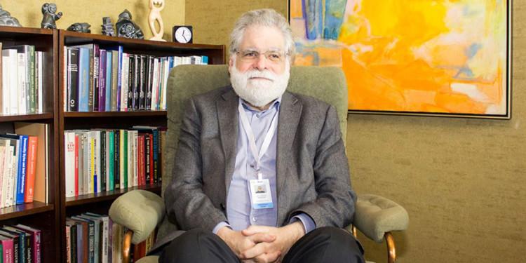 Dr Laurence Kirmayer